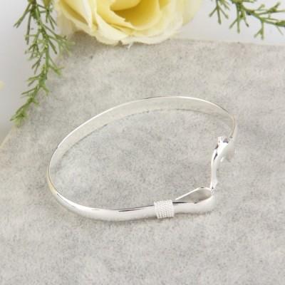 Mignon Dolphin Clasp Bangle Bracelet