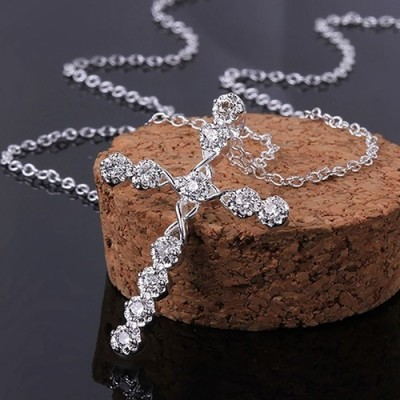 Élégant Cross Saphir Blanc Collier for Femme