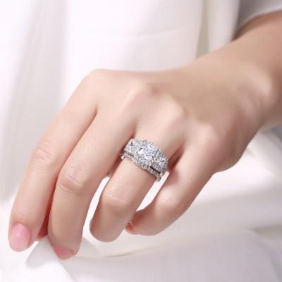 Coupe Princesse Saphir Blanc 925 Argent Sterling Halo 3 Pierres Ensembles de Bague de Mariage