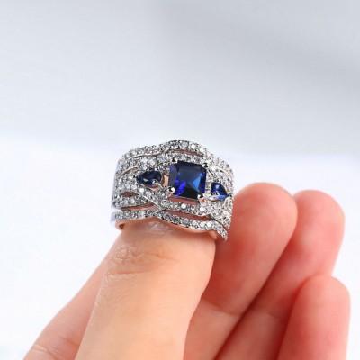 Coupe Princesse Saphir Bleu 3 Pièces Three-Stone Ensembles de Bague de Mariage