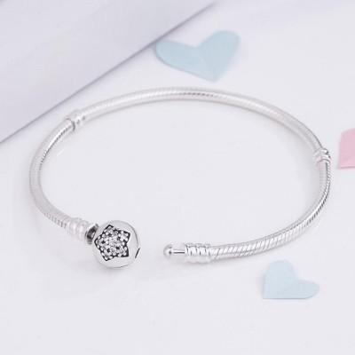 Étoile Crystal Ronde Shape Clasp Bracelet Argent Sterling